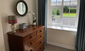 Glebe's Nest - twin bedroom with chest of drawers