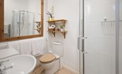 The Potting Shed - bathroom