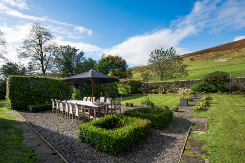 Kirkton House garden and seating area